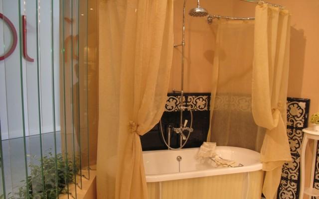 Коллекция Linea Tre. Сантехника и мебель для ванных комнат